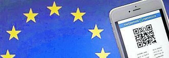 Green pass, c'è l'ok dalla Ue. Figliuolo: «Noi quasi pronti»
