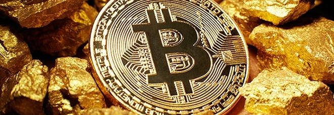 Bitcoin, nuovo record: la criptomoneta vola sopra i 13mila dollari