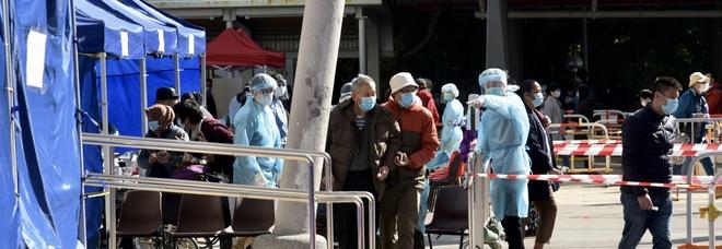 Covid, in Cina torna la paura: quasi due milioni di persone in lockdown a Pechino