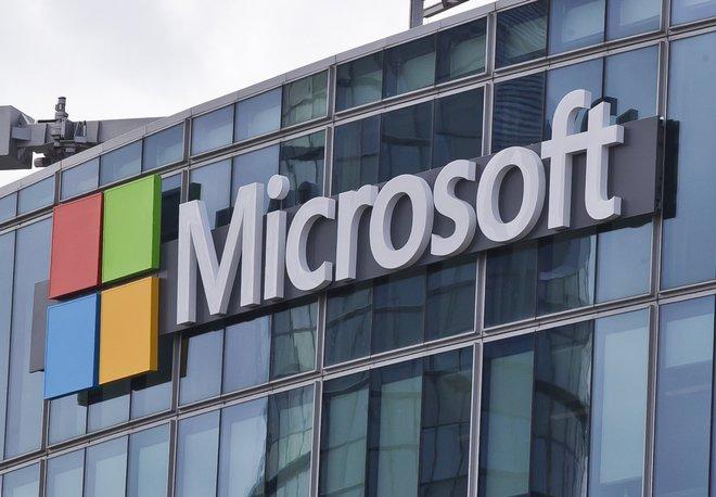 Microsoft, settimana lavorativa di 4 giorni, uno di ferie pagate: la produttività vola, i dipendenti sono più felici
