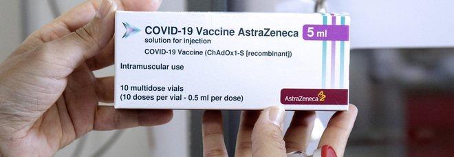 AstraZeneca, no stop per il richiamo Pfizer: 1,5 milioni di dosi per i giovani