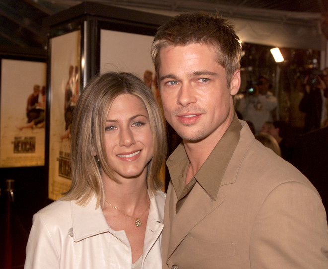Jennifer Aniston, due di picche a Brad Pitt: l'attrice strappa applausi
