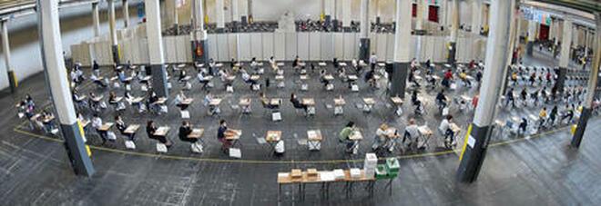 Test di Medicina 2021, oggi esame per 77mila studenti. Al banco di prova anche il green pass