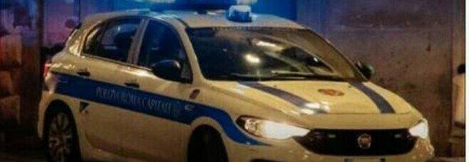 """VigilI a Roma: sesso nell'auto con la radio accesa. Su Twitter scatta #cinevigili: da """"Notte prima dei verbali"""" a """"Romanzo municipale"""""""