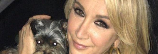 Pomeriggio 5, Simona Tagli spiazza tutti: «Non faccio sesso da 10 anni, voglio infrangere il voto». Barbara D'Urso reagisce così