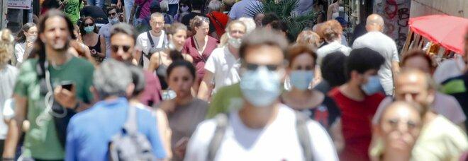 Vacanze tra disdette e rinvii: fa paura la variante Delta (e gli stranieri sono pochi)