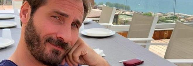 """Truffe romantiche a """"Chi l'ha Visto"""", rubata anche la foto di Maurizio Aiello: «Mi sento in colpa per i miei figli»"""