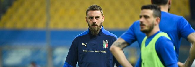 Focolaio in Nazionale, in tutto 8 contagiati: anche De Rossi e Vialli. E i club di Serie A tremano
