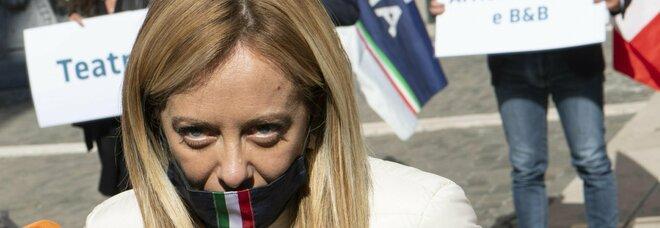 Giorgia Meloni: «No al lockdown. Si muore anche di povertà, l'Italia rischia di non sopravvivere»
