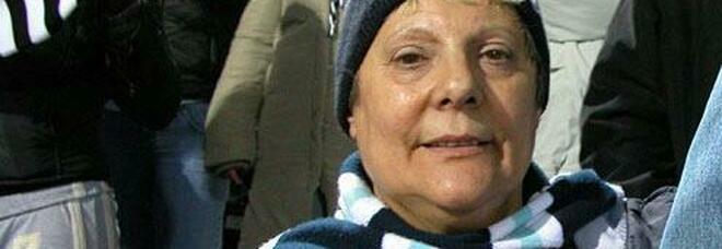 """Morta Enza, la """"mamma di tutti i laziali"""". Lutto per la titolare dello storico Lazio Point"""