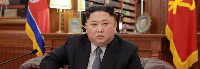 «Kim Jong-Un operato, è grave», ma Pyonyang smentisce: giallo sul leader nordcoreano