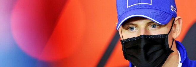 Mick Schumacher, emozioni di famiglia sulla pista di Imola