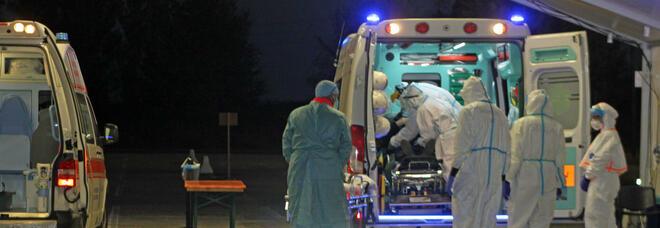 Coronavirus in Italia, il bollettino di martedì 2 marzo: 343 morti e 17.083 casi in più. Tasso di positività in calo