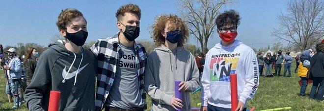 """Josh Fight, come la battaglia dei """"Mario Rossi"""" degli Stati Uniti da scherzo virale è diventato un evento reale. E ha vito un bimbo di 4 anni"""