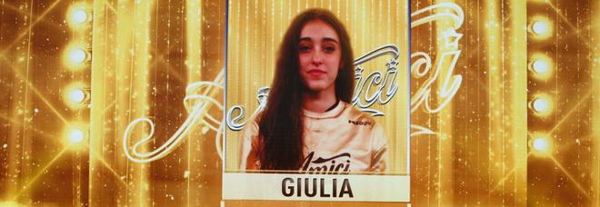 Giulia Stabile, parla la sua maestra: «Ha vinto Amici 20 con la forza della passione. Da bimba fu bullizzata»