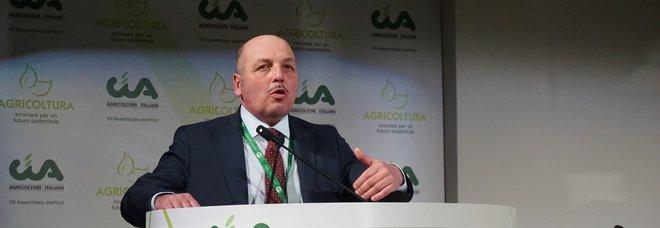 Dino Scanavino, presidente Agricoltori: «Serve una sanatoria per gli immigrati, abbiamo bisogno di 200mila lavoratori nei campi»
