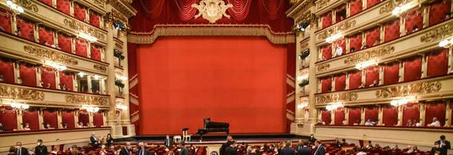 Coronavirus, focolaio al Teatro La Scala di Milano: nove cantanti positivi, coro in quarantena