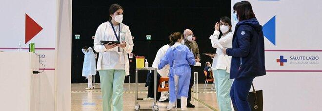 Vaccini, nuovo piano nel Lazio: Pfizer ai vigili urbani e ai prof under 60