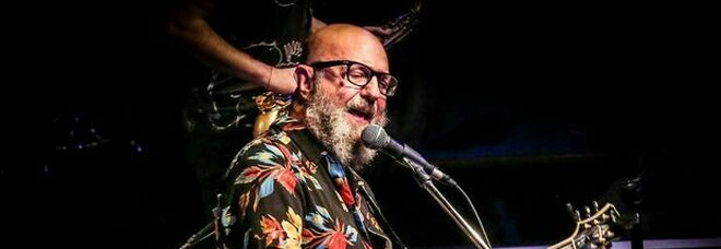 Sergio Caputo al Blue Note: «Le mie hit, un po' di medley e un virologo in sala»