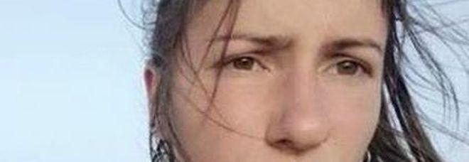 Eva, turista italiana di 30 anni, trovata morta su una spiaggia del Marocco
