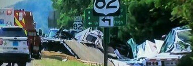 Maxi incidente in Alabama durante una tempesta tropicale: muoiono 9 bambini e un adulto