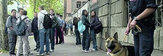 Droga, nelle scuole lombarde potrebbe arrivare presto il test del capello per gli studenti
