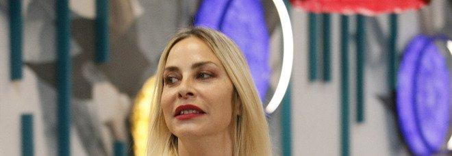 Lacrime amare per Stefania Orlando al Grande Fratello Vip: «Non è giusto». Alfonso Signorini irremovibile
