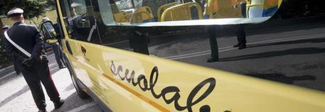 Il sindaco rinuncia all'indennità di 6.500 euro per garantire lo scuolabus ai bimbi terremotati