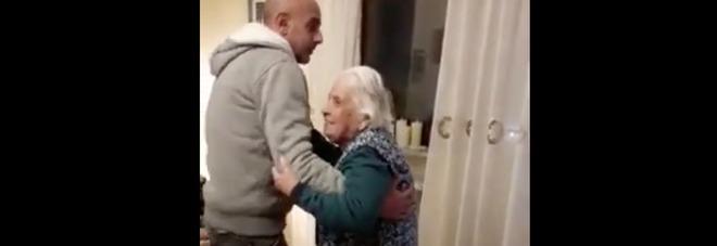Torino, nonna Maria balla la mazurka a 104 anni, cade e si rompe il femore: operata, sta bene