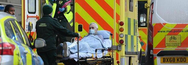 Gran Bretagna, più casi (62.322) che in primavera: 1.041 morti. Londra, contagiato 1 su 30