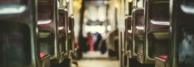Roma, paura sul bus: passeggeri aggrediti