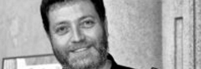 Prof morto a Biella, l'autopsia: «Problema cardiaco improvviso. Nessun segno di legame col vaccino»