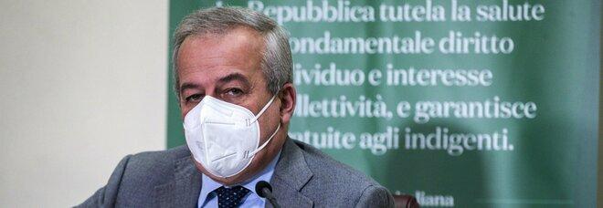 Covid, Locatelli indica la luce in fondo al tunnel: «Con il vaccino a fine estate saremo fuori da questo incubo»