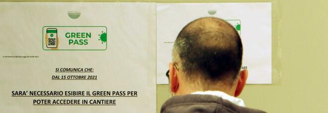 Green pass, domani scatta l'obbligo: controlli saranno a campione, incognita tamponi. E c'è il nodo portuali