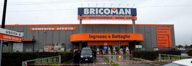Spari contro il portavalori al Bricoman: ferito un vigilante