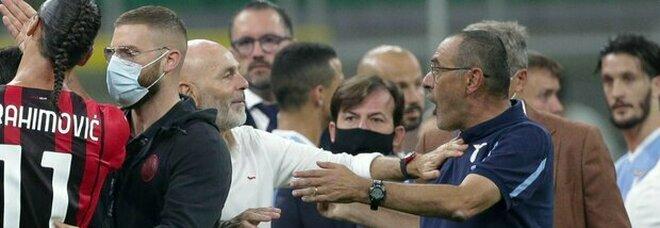 Lazio, due giornate di stop per Sarri dopo la lite con Saelemaekers del Milan