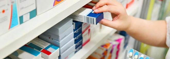 Medicinali, stangata in farmacia: aumento medio di un euro per 800 prodotti tra i più usati. Ecco quali sono