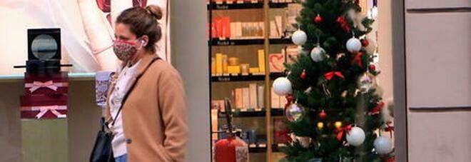 Coronavirus, dopo il 3 dicembre bar e ristoranti aperti anche di sera ma a Natale nuova stretta