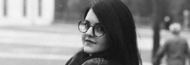 Alessia muore 25 anni: si era da poco laureata in Lingue nonostante avesse perso l'uso della parola