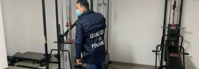 Palestre aperte nonostante il Covid, la Guardia di Finanza scopre 70 persone ad allenarsi