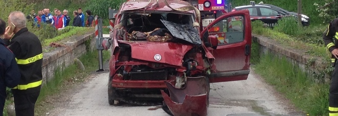 Fossombrone, è morto l'automobilista finito con il furgone in un ruscello