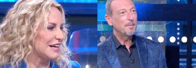 Amadeus, il gesto di Antonella Clerici ai Soliti Ignoti spiazza i fan: «Com'è possibile?»
