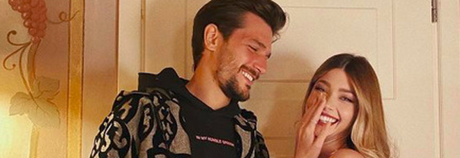 """Andrea Zelletta, la fidanzata Natalia Paragoni """"infortunata"""": «Troppo sesso, si è dato da fare. Mio padre non lo deve sapere»"""