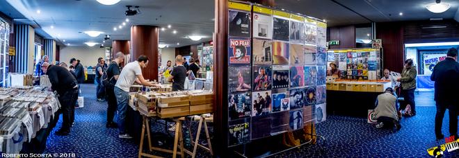 Ritorna il Music Day Roma, dai vinili ai poster tutto quanto può desiderare (e cercare) un collezionista musicale