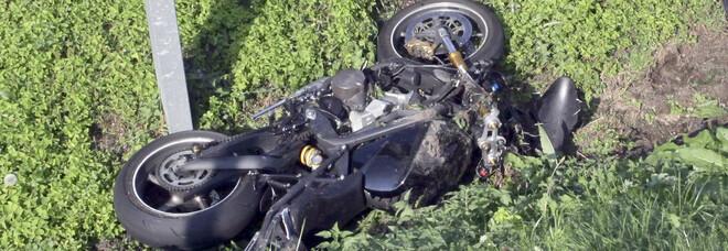 Mirco è morto con la Triumph, la stessa moto con cui ha perso la vita il fratello Mauro