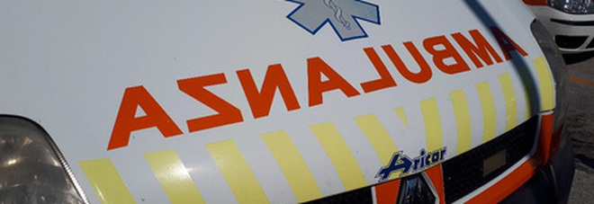 Operaio investito da un ubriaco mentre lavora al cantiere stradale: è in gravissime condizioni