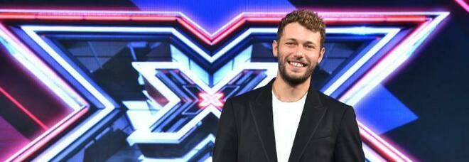 X-Factor, al via la nuova edizione con Ludovico Tersigni. Il conduttore: «Mi ispiro a Fiorello». Giudici confermati