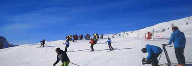 Covid, lunedì si torna a sciare nelle regioni gialle ma Ricciardi tuona: Fermare tutto. Anche il Cts contrario
