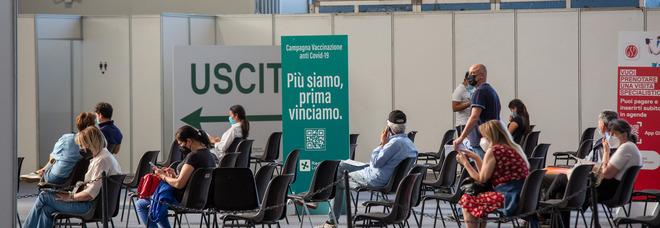 Vaccini in Lombardia, richiamo flessibile: da fine giugno la data della seconda dose è a scelta