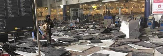"""Attacco a Bruxelles, i sostenitori dell'Isis festeggiano<br /><br /> su Twitter: """"Adesso liberate Salah, questo è l'inizio"""""""